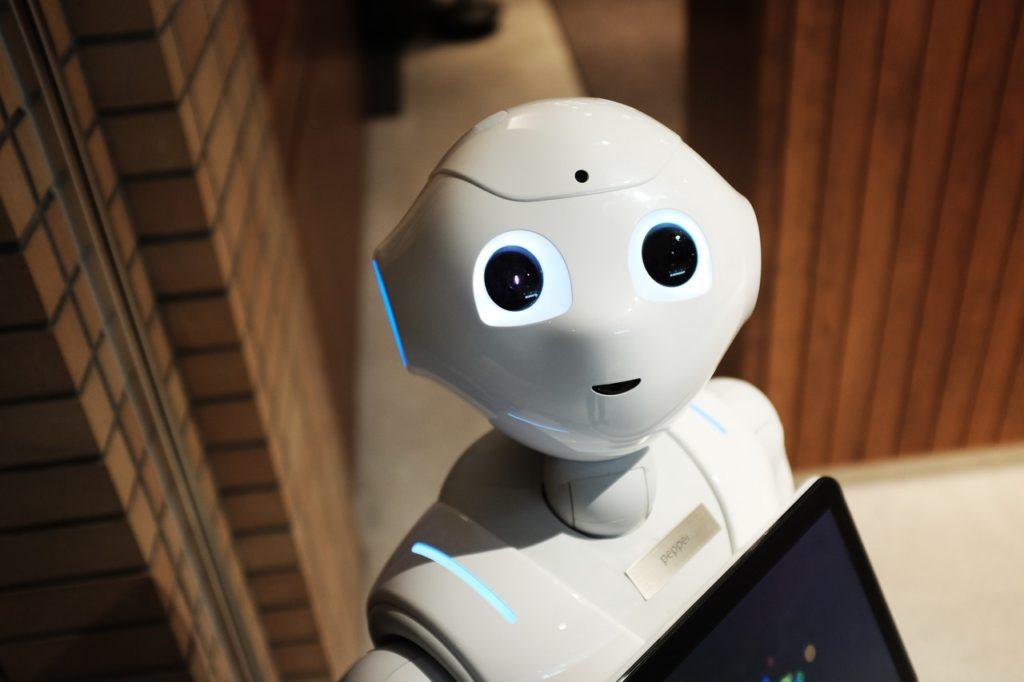 Chatboty - boty konwersacyjne, tworzone są m.in. z użyciem języka AIML